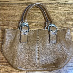 Like New Tignanello Pebbled Leather Purse